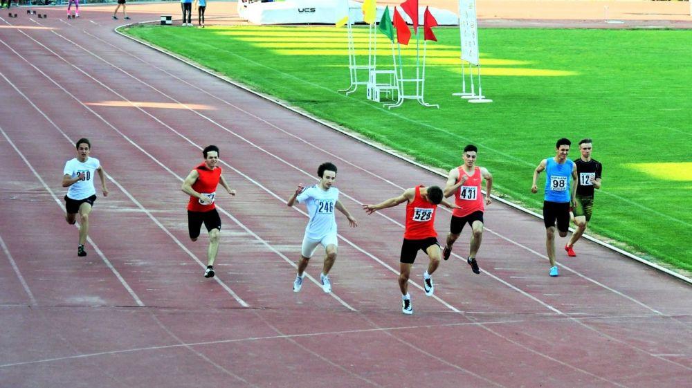 На стадионе «Авангард» прошли соревнования по метаниям и лёгкой атлетике