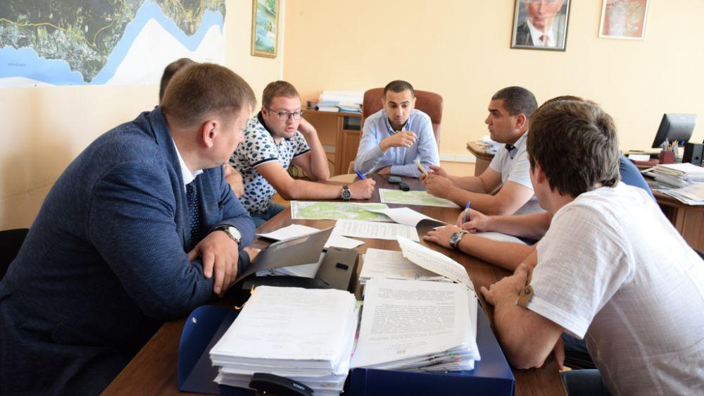 Власти Ялты провели разъяснительную работу с жителями домов ул. Киевская, 7 и 8 о механизмах использования средств фонда капремонта со спецсчета