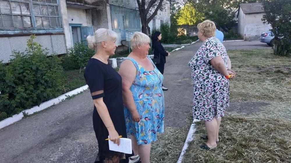 Елена Крестьянинова встретилась с председателями МКД