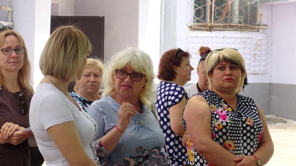 Инна Федоренко встретилась с жителями многоквартирных домов в пгт. Вольное
