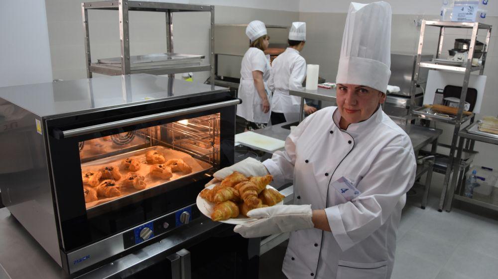 В Крыму прошёл конкурс профессионального мастерства по компетенции «Хлебопечение»