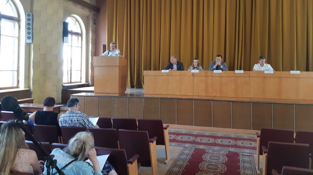 Представителями Минприроды Крыма проведены публичные обсуждения правоприменительной практики за 2018 год и 1 квартал 2019 года
