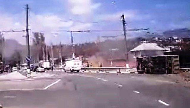Без тормозов: ДТП с неуправляемой фурой в Алуште попало на видео