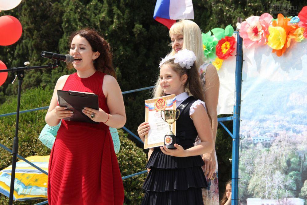 На фестиваль «Солнечный круг» в Алупке собрались самые талантливые дети