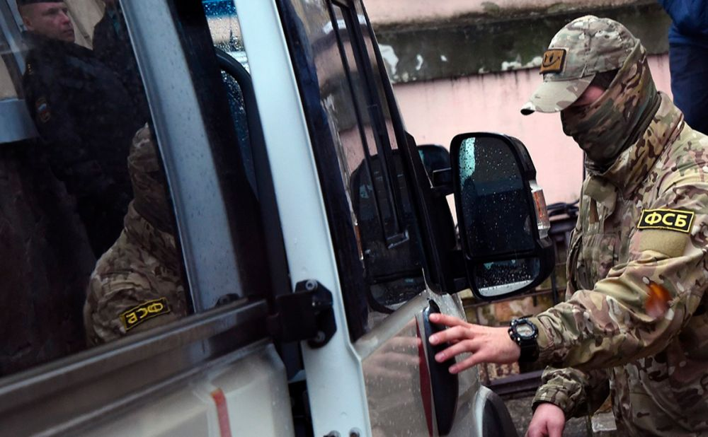 ФСБ не спит: силовики нанесли удар по террористам на Крымском полуострове
