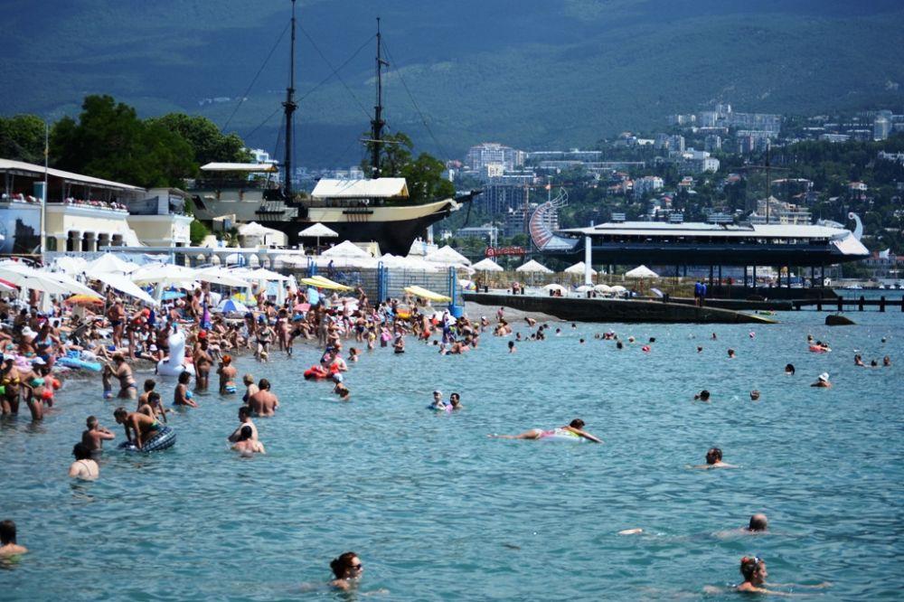 На детскую оздоровительную кампанию в Крыму запланирована сумма в размере 1,3 млрд рублей, — минобразования