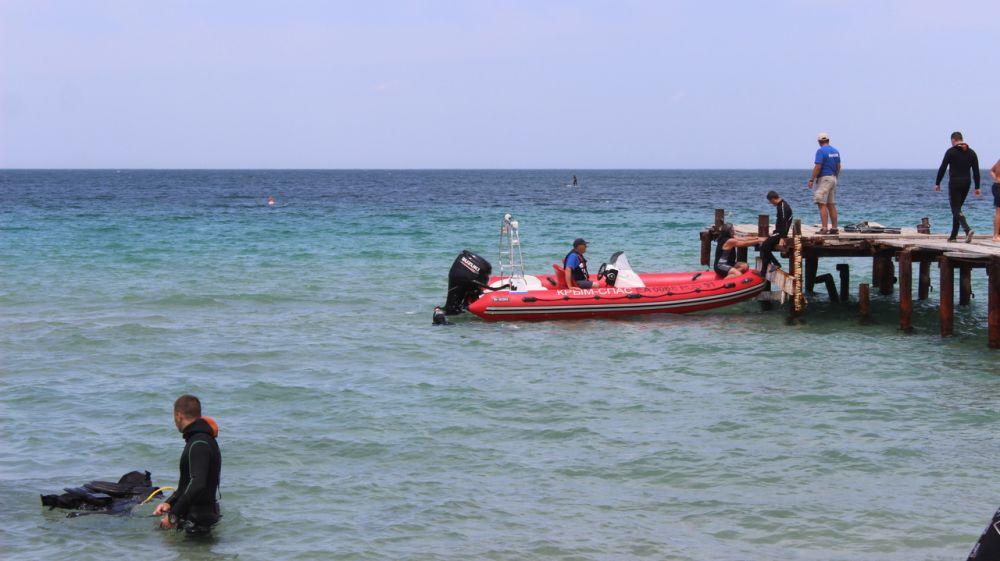 Спасатели-водолазы «КРЫМ-СПАС» проводят сборы в п. Черноморское