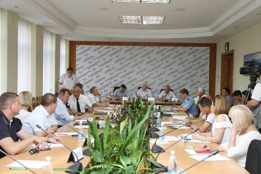 Ценовую политику и продовольственную обеспеченность крымчан и гостей полуострова обсудили на заседании профильного парламентского Комитета