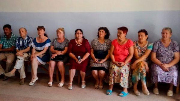 Под руководством главы администрации района Инны Федоренко состоялось выездное совещание в Целинном сельском поселении