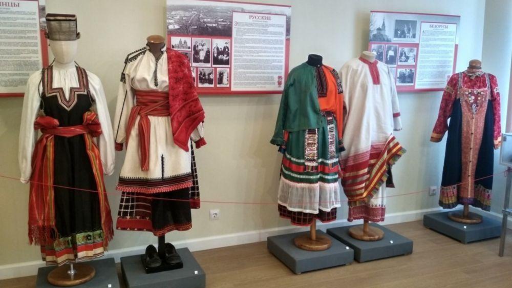 В Белгороде открылся выставочный проект Крымского этнографического музея «Народы Крыма»