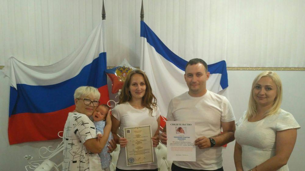 В Республики Крым за неделю зарегистрировано большое количество новорожденных