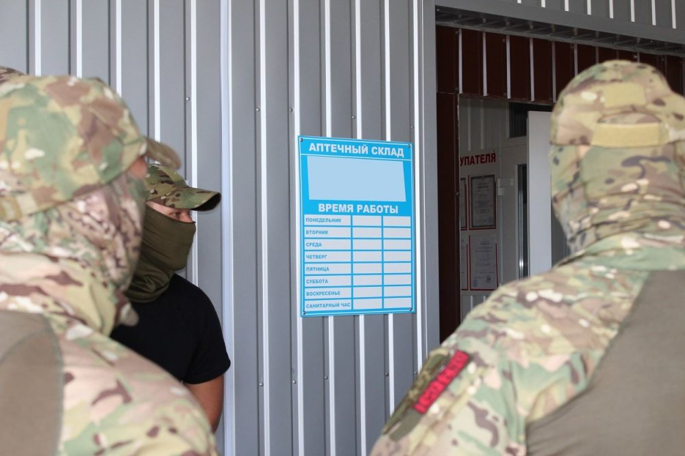 Из Владикавказа в Крым под видом медпрепаратов везли тонны спирта