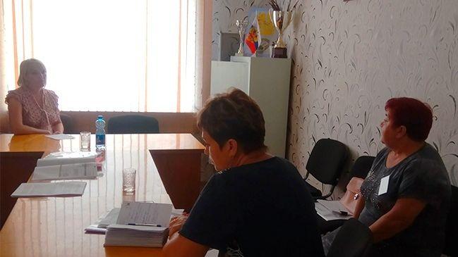 Инна Федоренко провела выездной прием граждан - жителей Целинного сельского поселения