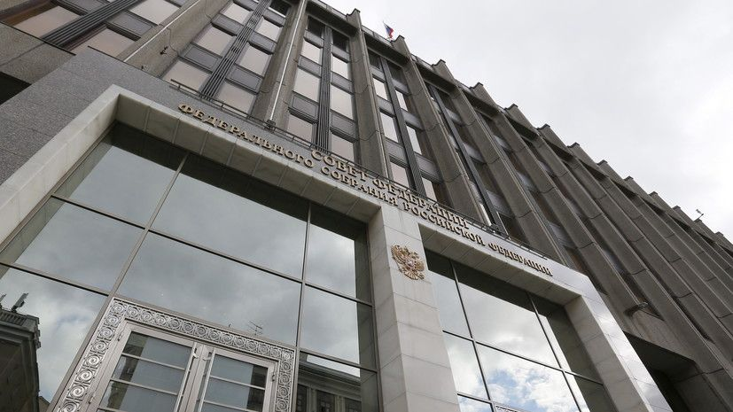 В Совфеде прокомментировали слова Порошенко о возможном отказе Киева от прав на Крым