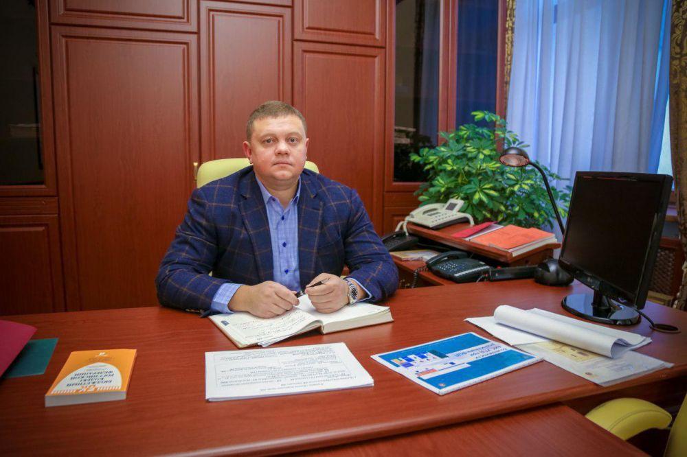 Детсады в посёлке Молодежное, мкрн Хошкельды и Белое-2 строятся с большим отставанием, — Кабанов