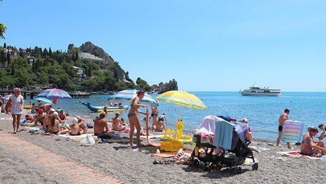 Лето в разгаре Крым: воздух прогрет до +33, море – до +26