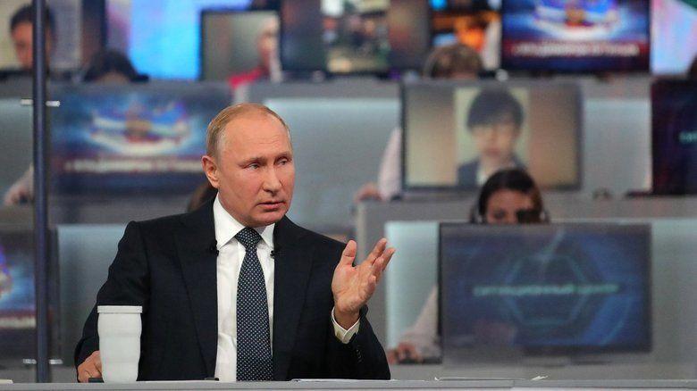 """Путин объяснил, почему в России """"жить стало тяжелее"""""""