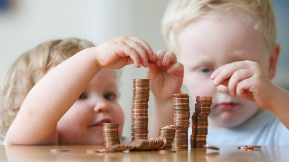 Владимир Путин пообещал увеличить пособие для семей с детьми до 3 лет