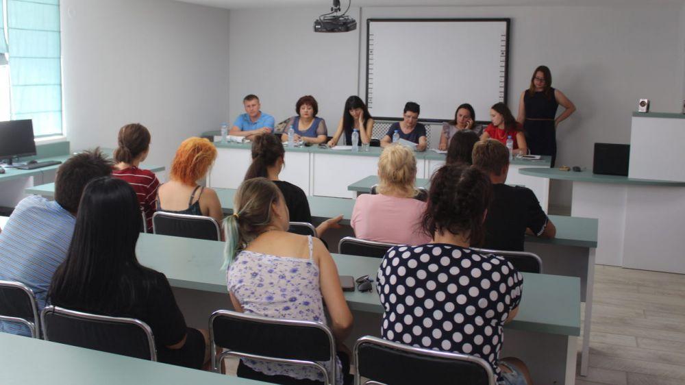 В Феодосии состоялось выездное заседание Комиссии по делам несовершеннолетних