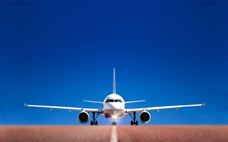 Вылетевший из аэропорта Симферополя самолет экстренно вернулся обратно