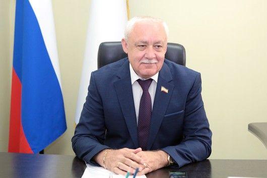 Глава Комитета по межнациональным отношениям Юрий Гемпель провел прием граждан