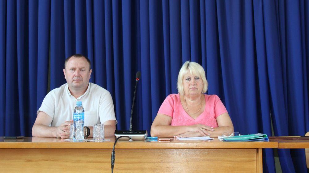 Глава администрации Белогорского района Галина Перелович провела расширенное аппаратное совещание