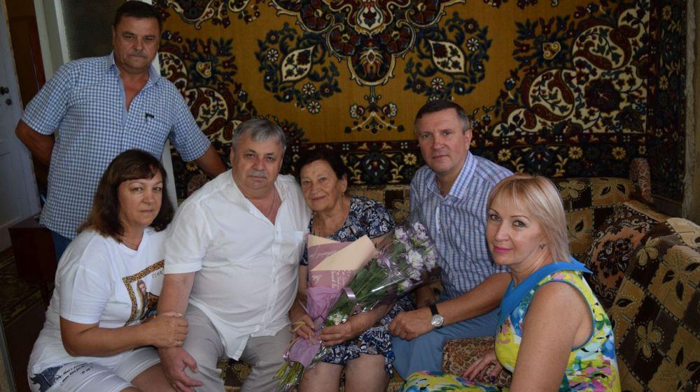 Жительница города Джанкоя, Раиса Петровна Митракова отметила 80-летний юбилей