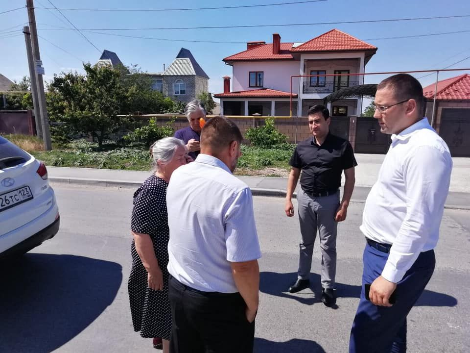Администрация Симферополя и жители Ак-Мечети обсудили обустройство микрорайона