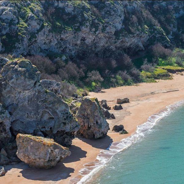 Более 20 человек спасли крымские росгвардейцы от разбушевавшейся стихии в Черном море