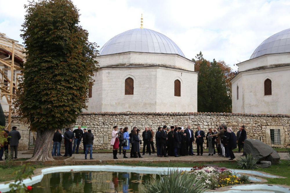 Ханский дворец с начала года посетило более 200 тысяч человек, — Бальбек