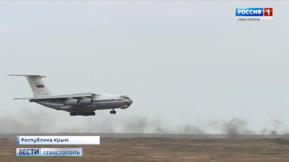 В Крыму одновременно высадились более 2000 десантников