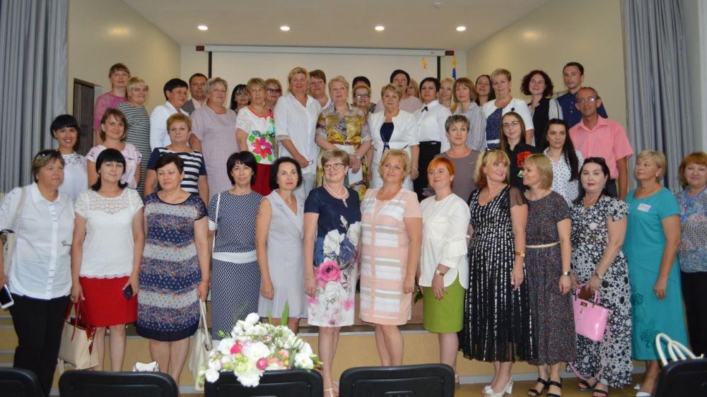 Министр просвещения Российской Федерации провела встречу с представителями отрасли образования Республики Крым