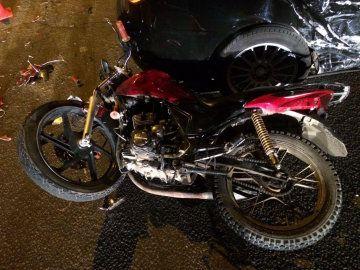 В Симферополе подросток на мотоцикле попал под колеса легковушки
