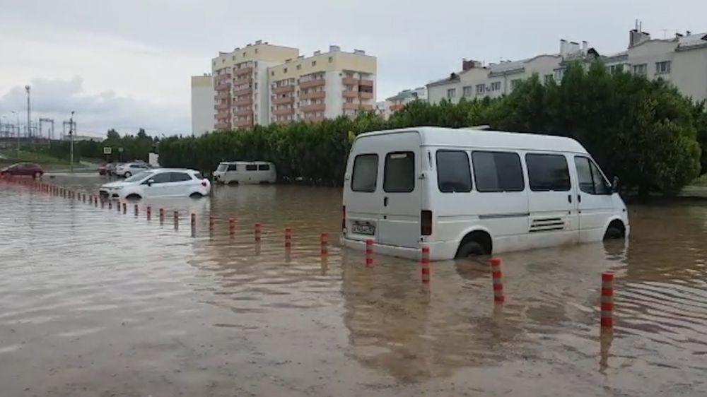 Ливень затопил микрорайон бухты Казачья