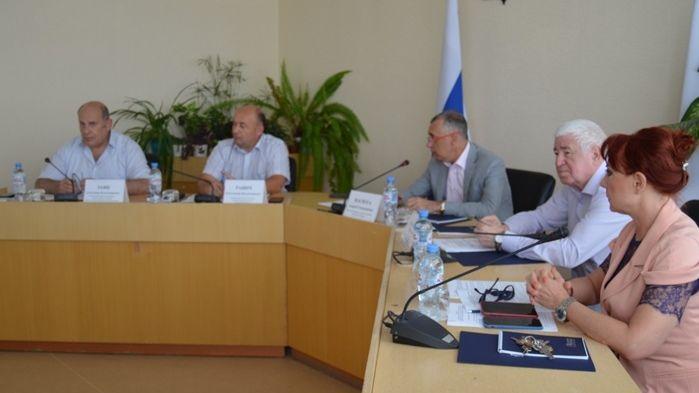 Андрей Васюта провел заседание коллегии Минпрома Крыма