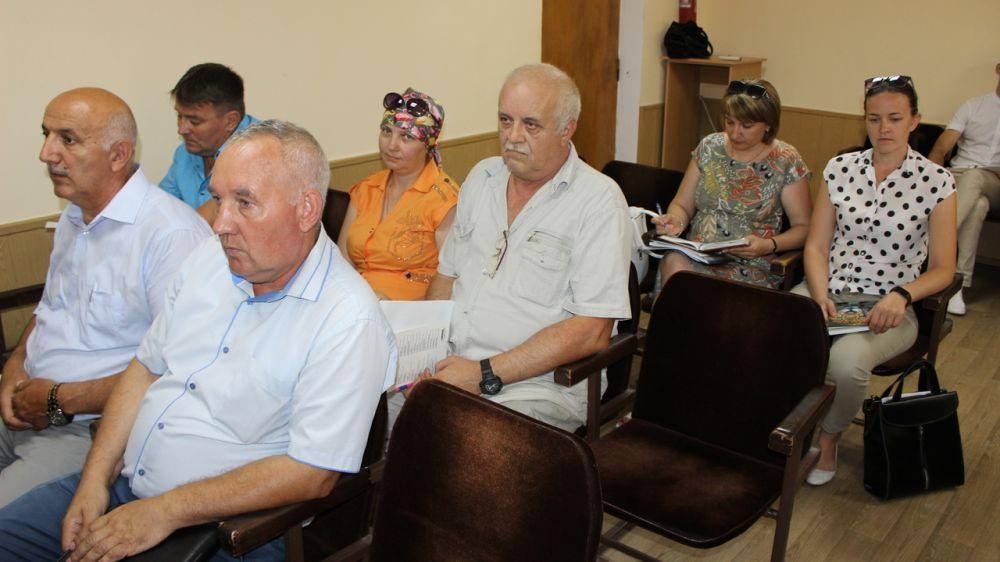 Галина Мирошниченко и Николай Россоловский провели совещание с главами администраций сельских поселений