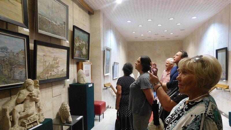 В керченской Картинной галерее экспонируется выставка памяти Жоржа Матрунецкого
