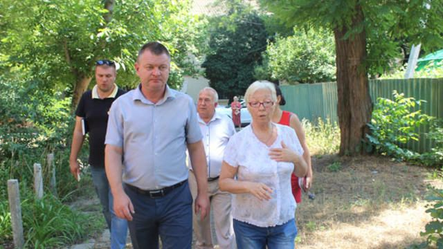 Сергей БОРОЗДИН провел встречу с жителями домов № 69, 71 И 73 по ВОКЗАЛЬНОМУ ШОССЕ