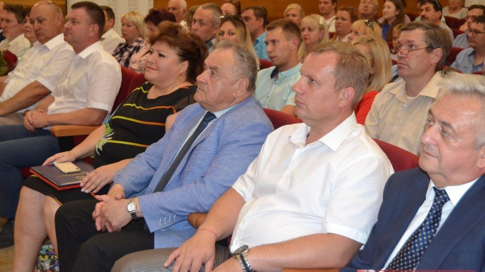 В Керчи прошло торжественное собрание посвященное Дню металлурга