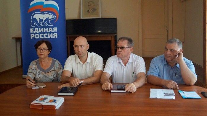 Руководители Советского района провели встречу с коллективами районной больницы и Советского РЭС