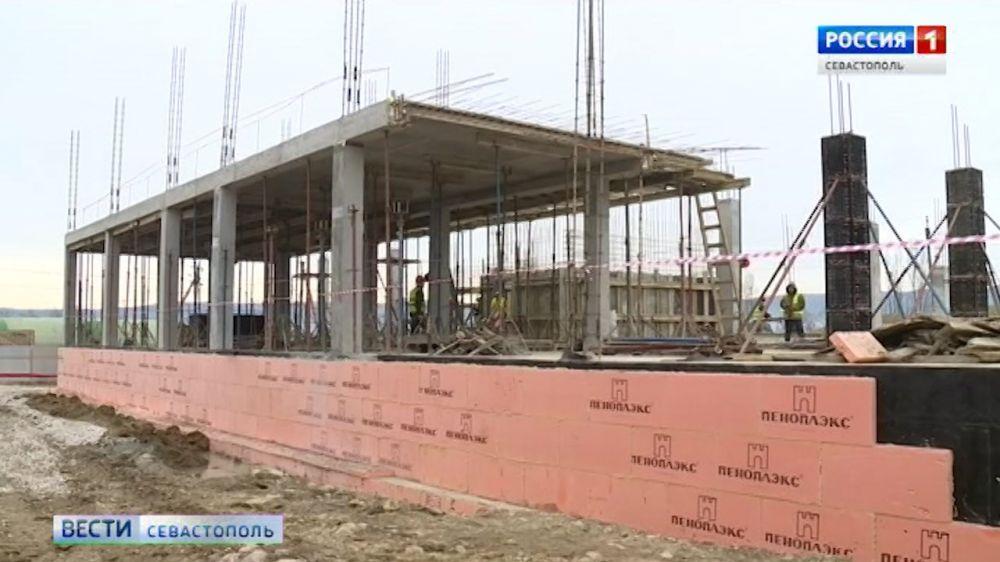 В Севастополе построят новый роддом, поликлинику и две подстанции скорой помощи