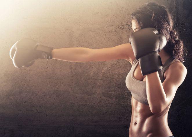 В Крыму погибла чемпионка мира по кикбоксингу, пытаясь спасти подругу