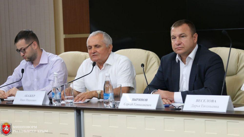 Сергей Зырянов: Фонд президентских грантов поддержал 42 крымских проекта на общую сумму более 44 млн рублей