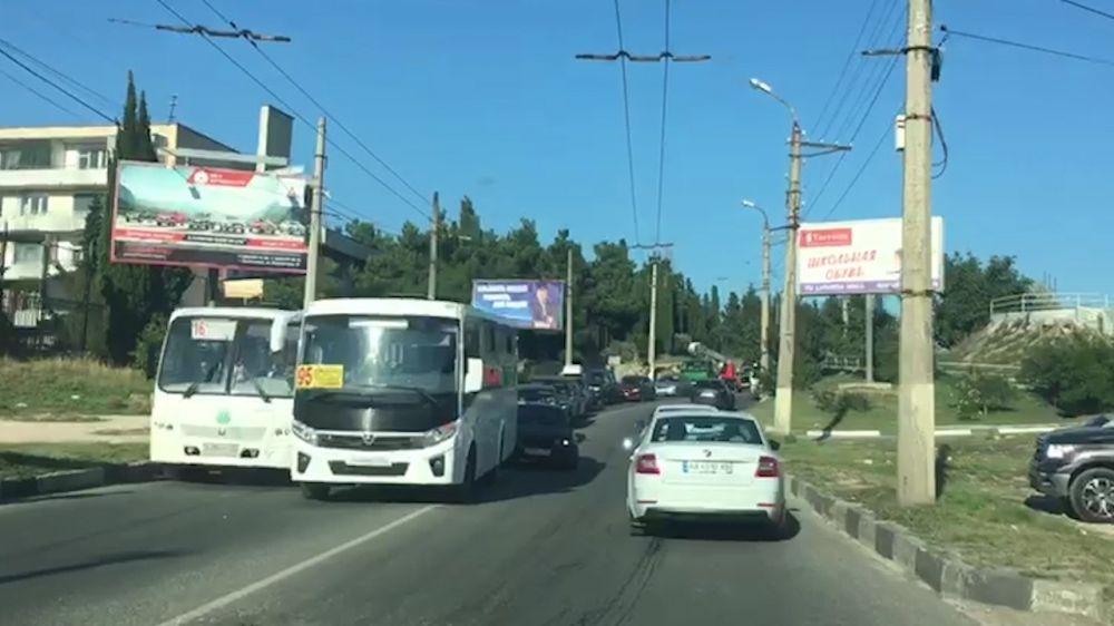 В Севастополе столкнулись два автобуса