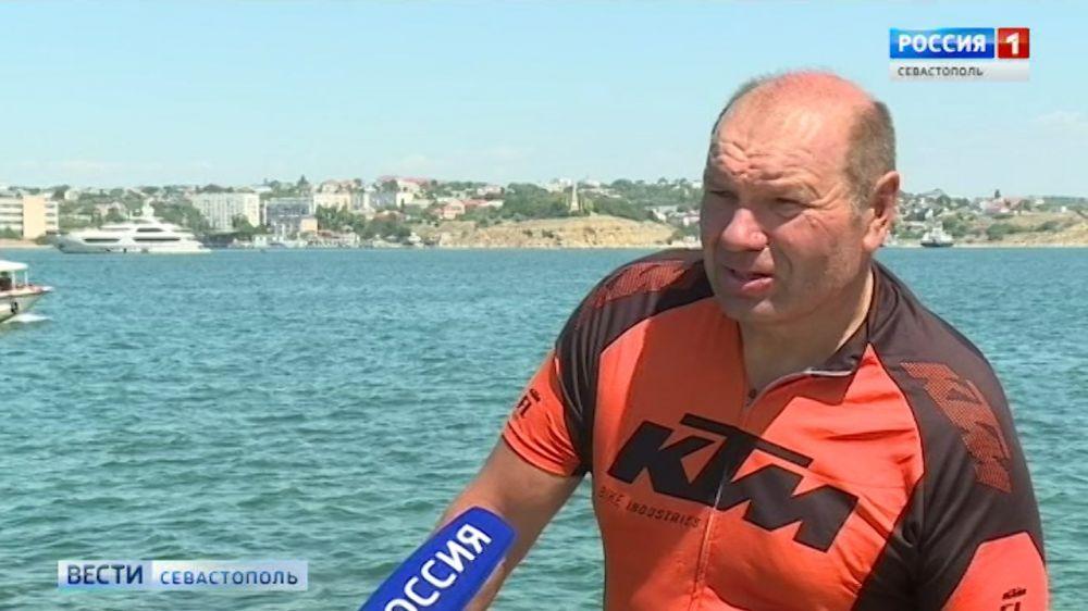 Мужчина добрался из Новочеркасска в Севастополь на велосипеде