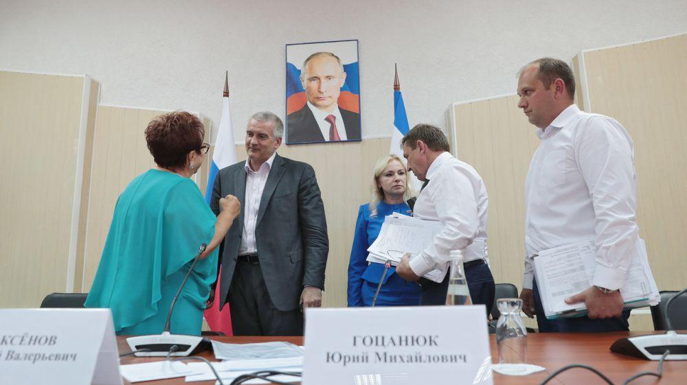 Сергей Аксёнов провел выездное совещание по проблемным вопросам Симферопольского района