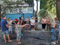В Ялте власти проверили ремонт придомовой территории на улице Свердлова 51-53