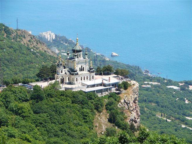 В субботу в Крыму до 31 градуса тепла, дожди