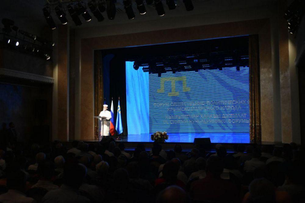 Более 500 делегатов принимают участие в форуме общественно-политических сил крымско-татарского народа, — Бальбек