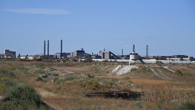 Эколог оценил предложение закрыть химзаводы на севере Крыма